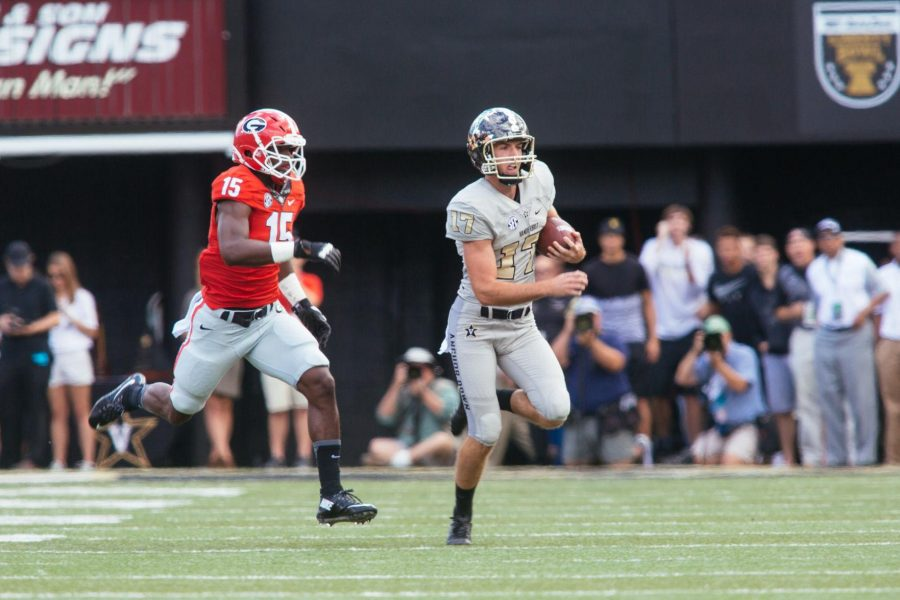 September 12, 2015: Vanderbilt hosts Georgia at Dudley Field. The Commodores fell to the Bulldogs 31-14. (Bosley Jarrett)