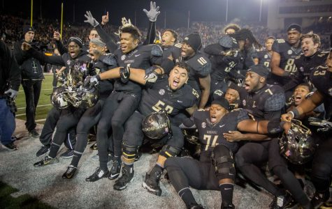 November 26th, 2016 – The Commodores celebrate after their 45-34 win against UT at home Saturday night in Vanderbilt Stadium. Photo by Ziyi Liu