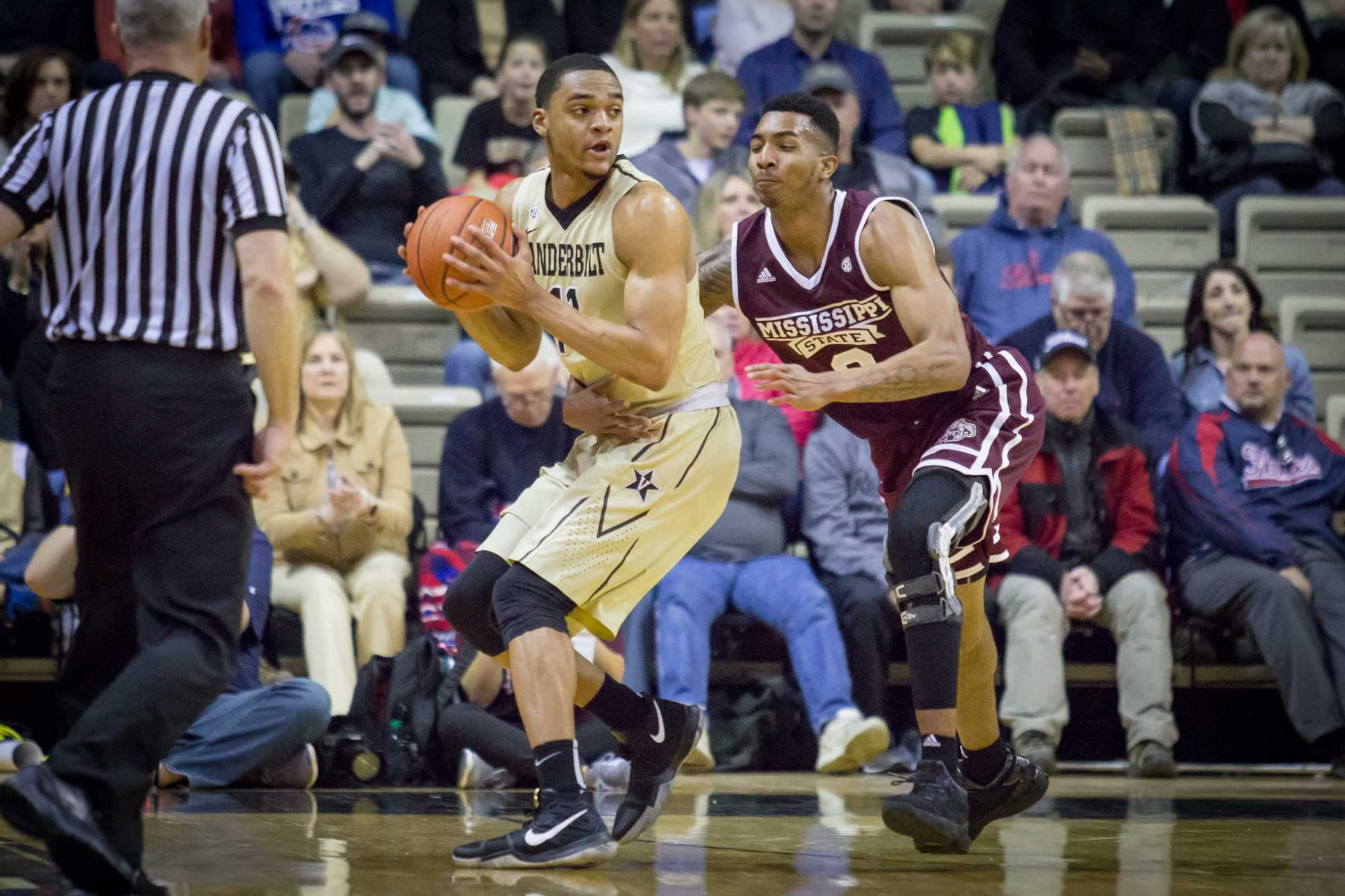 February 25th, 2017 – Jeff Roberson (11) with the ball during the Commodores' 77-48 win against Mississippi State Saturday afternoon in Memorial Gym.