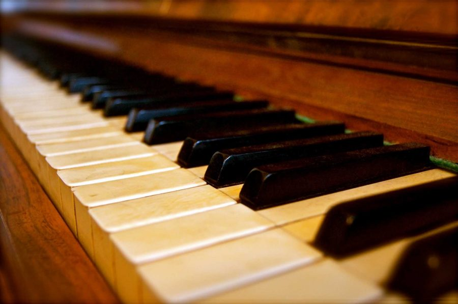 Hustler Classic Reviews: Chopin performed by pianist Seong-Jin Cho