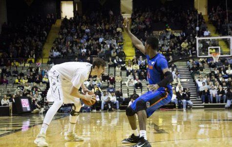 Commodores mount comeback to top Florida, keep NCAA hopes alive