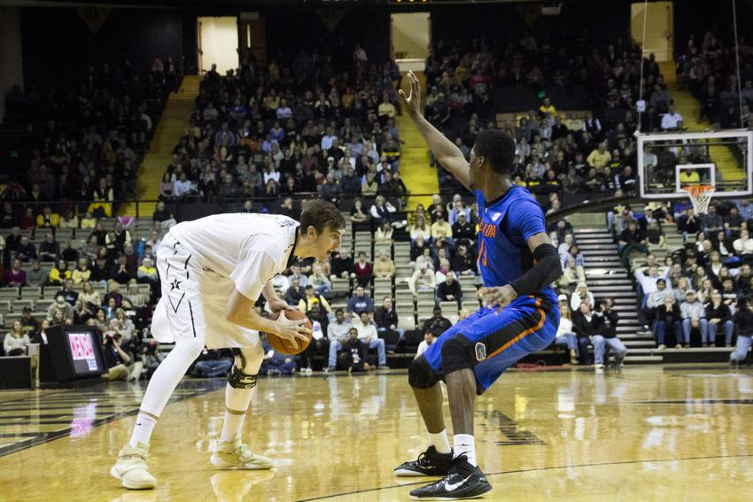 Commodores mount comeback to top Florida, keep NCAA hopes alive