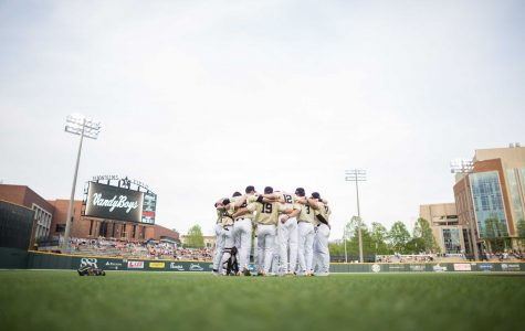 Three thoughts: Wright dominates as Commodores take Game 2 over Florida
