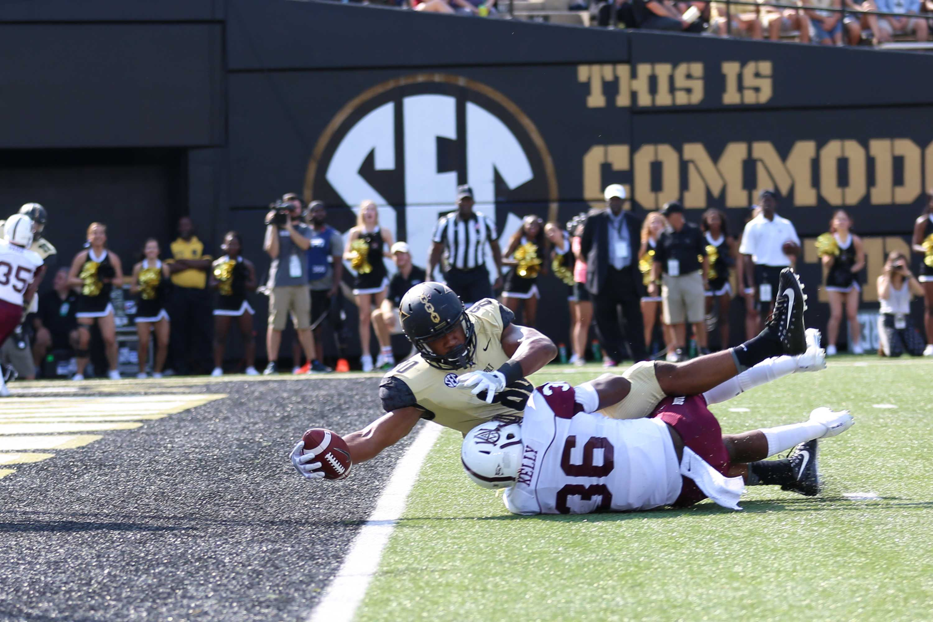 Jared Pinkney reaches across the goal line for a touchdown in Vanderbilt's home victory over Alabama A&M on September 9, 2017. Photo by Claire Barnett.