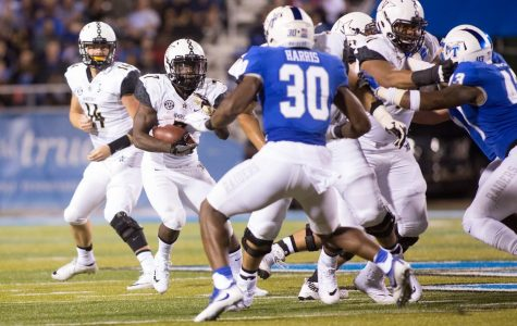 Vanderbilt comes out strong on both sides of the ball, ends opening game woes