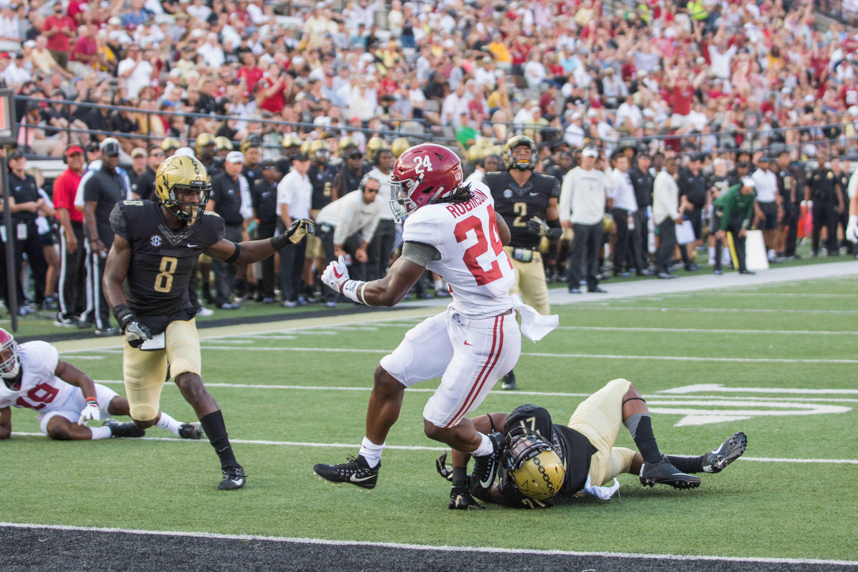Alabama beats Vanderbilt 59-0. Photo by Bruce Brookshire.