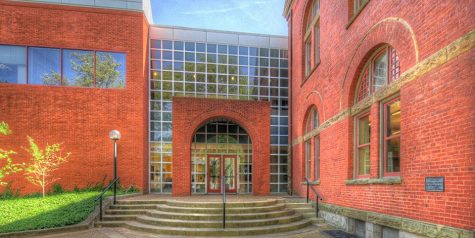 New business minor named Hoogland Undergraduate Business Program following $5 million gift
