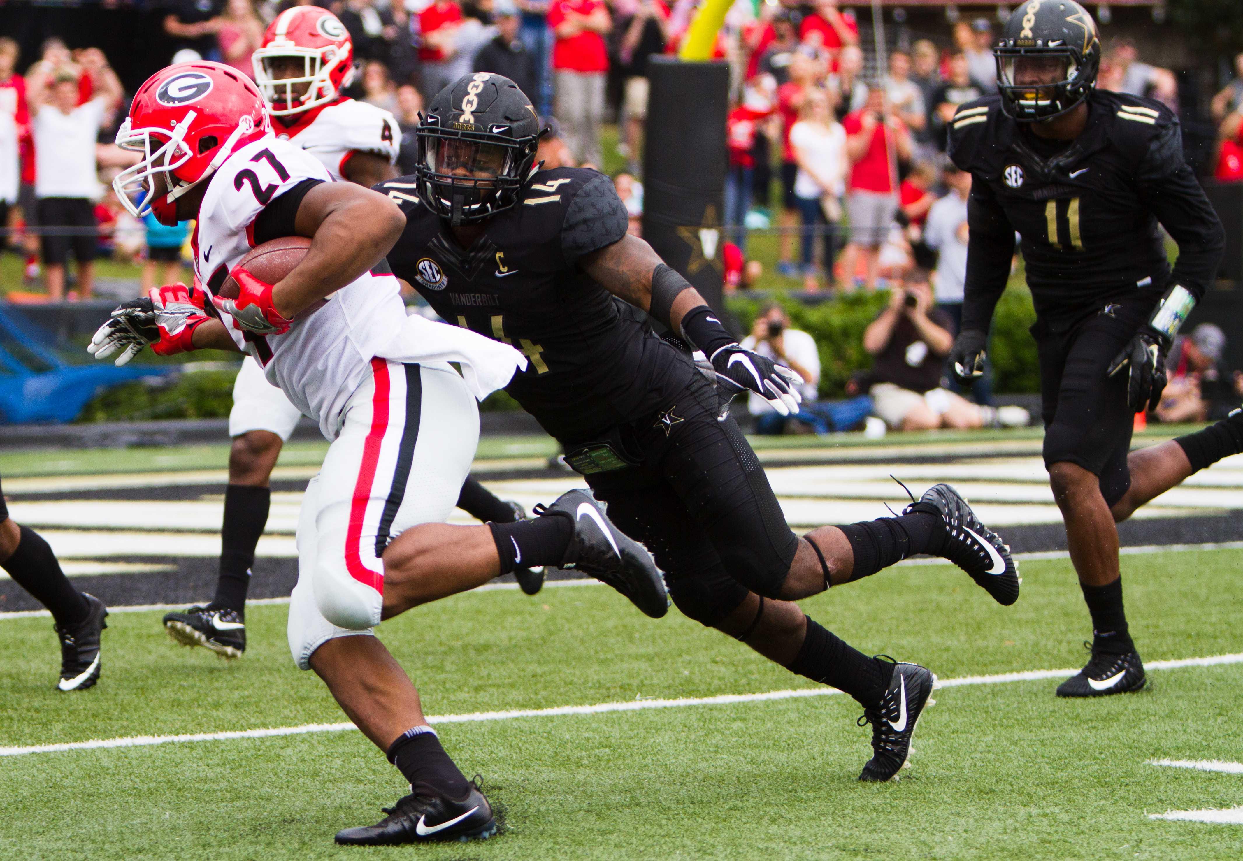 Vanderbilt plays against Georgia on Saturday, October 7, 2017. Photo by Hunter Long.