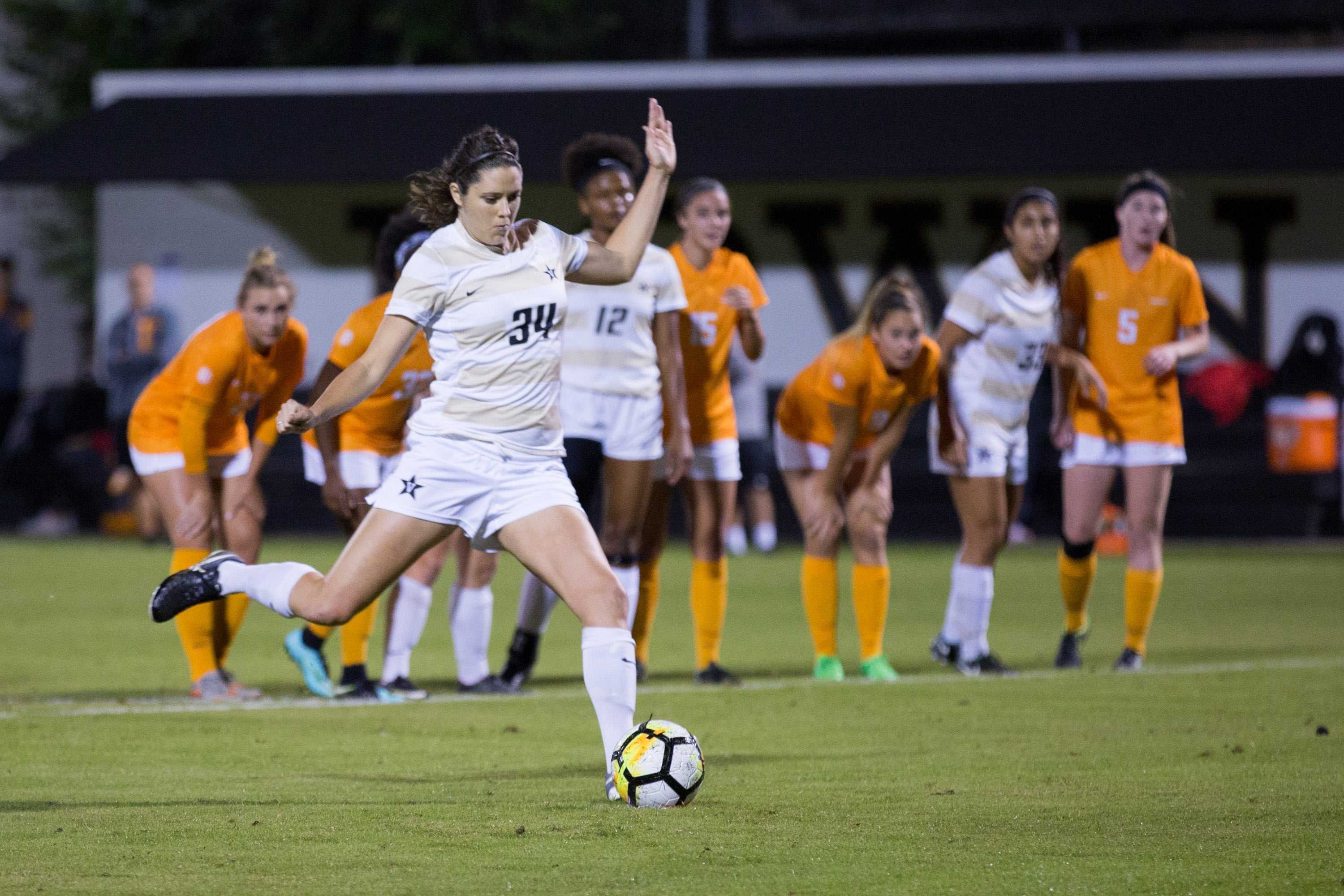 Commodores outlast Tennessee 1-0, advance to SEC Soccer Semifinals