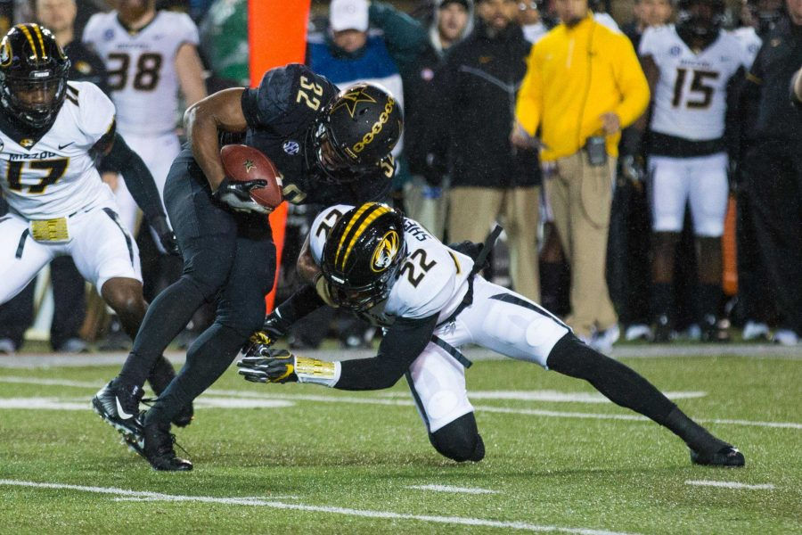 Missouri+plays+Vanderbilt+in+football+on+Saturday%2C+November+18%2C+2017.+%28Photo+by+Claire+Barnett%29