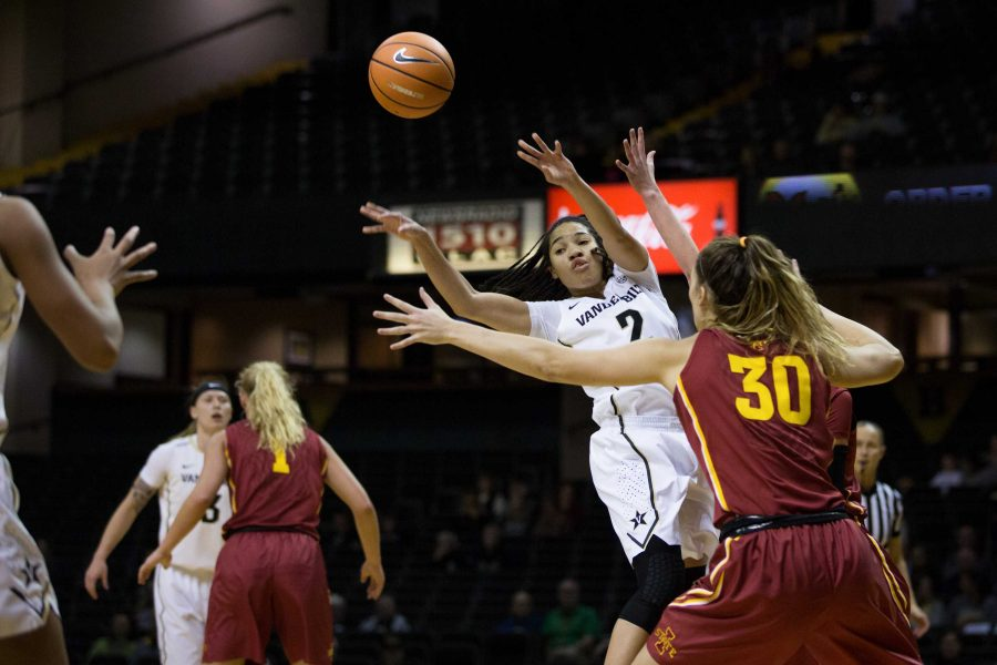 The Vanderbilt Women's Basketball team plays Iowa State on Saturday, December 2, 2017. (Photo by Claire Barnett)