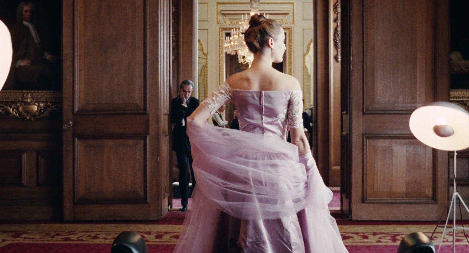 'Phantom Thread' tells one of the most striking and disturbing love stories of the year