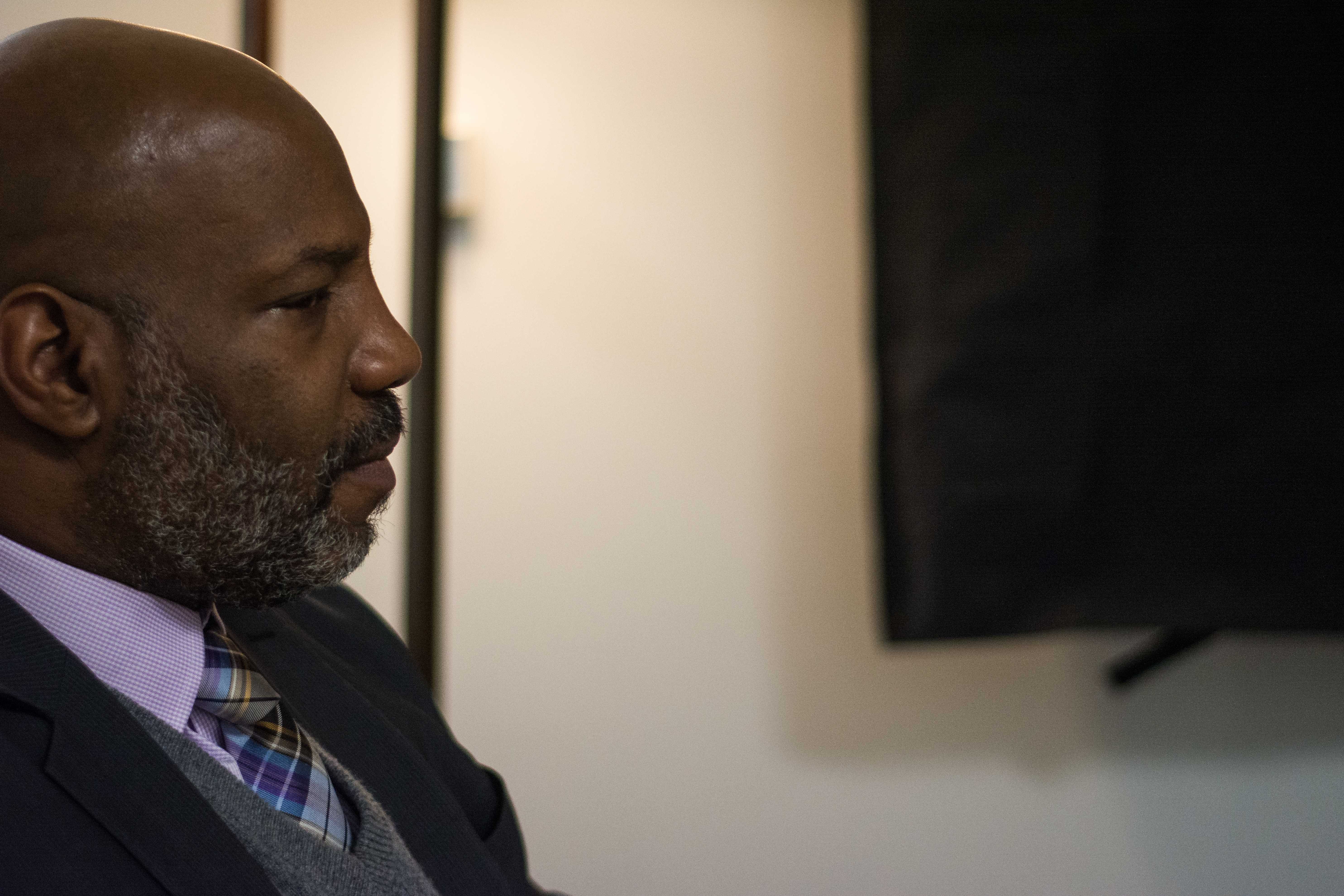Vanderbilt Hustler conducts interview of Jelani Cobb moments before he speaks to the audience at Langford Auditorium on January 17th, 2018. (Photo by Brent Szklaruk)