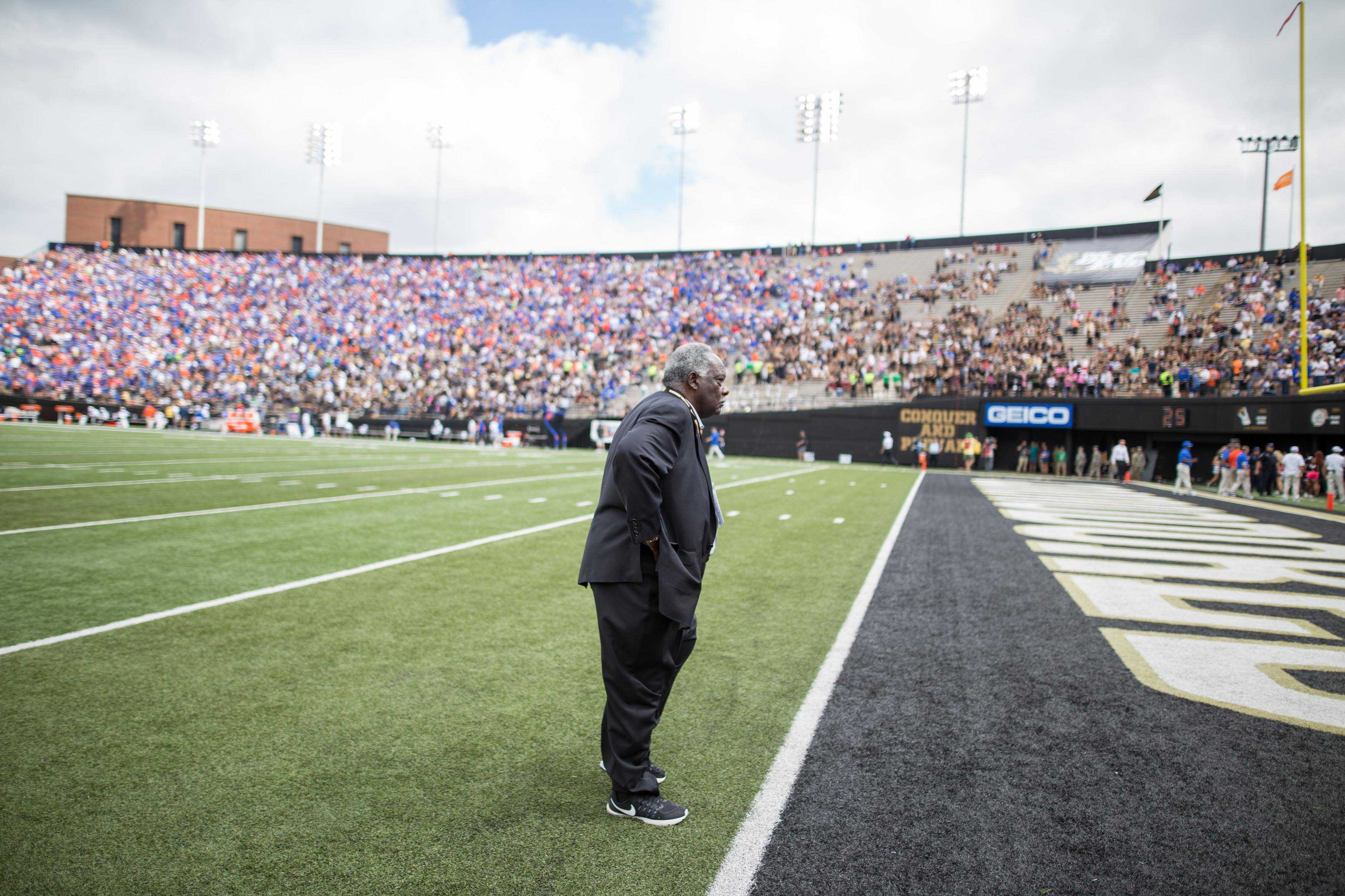 David Williams as the Florida Gators defeated Vanderbilt 13-6 October 1, 2016 at Vanderbilt Stadium. Photo by Ziyi Liu.