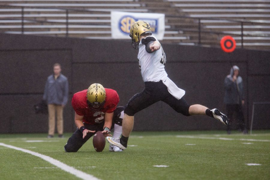 Kicker Ryley Guay attempts a field goal at the Commodore Spring Football game on Saturday, March 24, 2018. (Photo by Claire Barnett)
