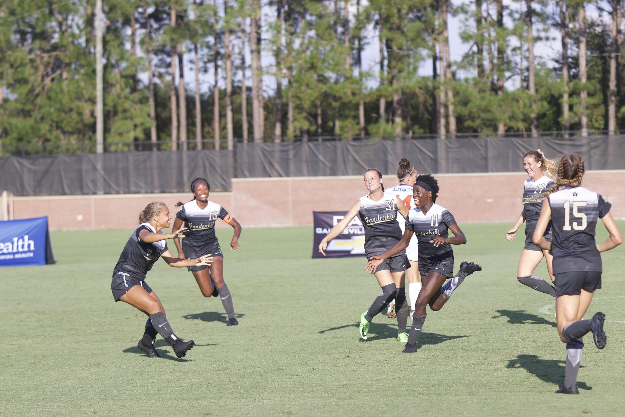Vanderbilt Soccer upends Florida with late goal in SEC opener