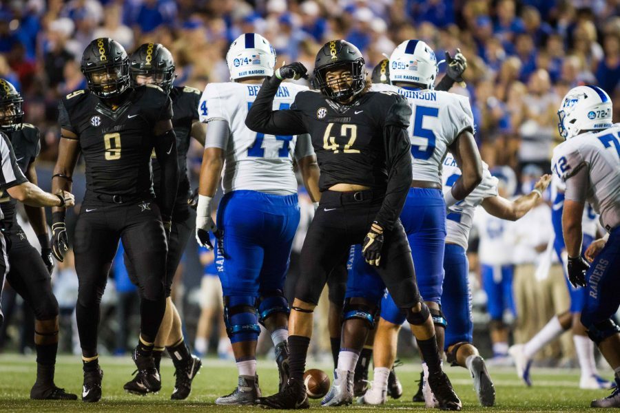 Vanderbilt+plays+Middle+Tennessee+State+in+Football+on+Saturday%2C+September+1%2C+2018.+%28Photo+by+Hunter+Long%29
