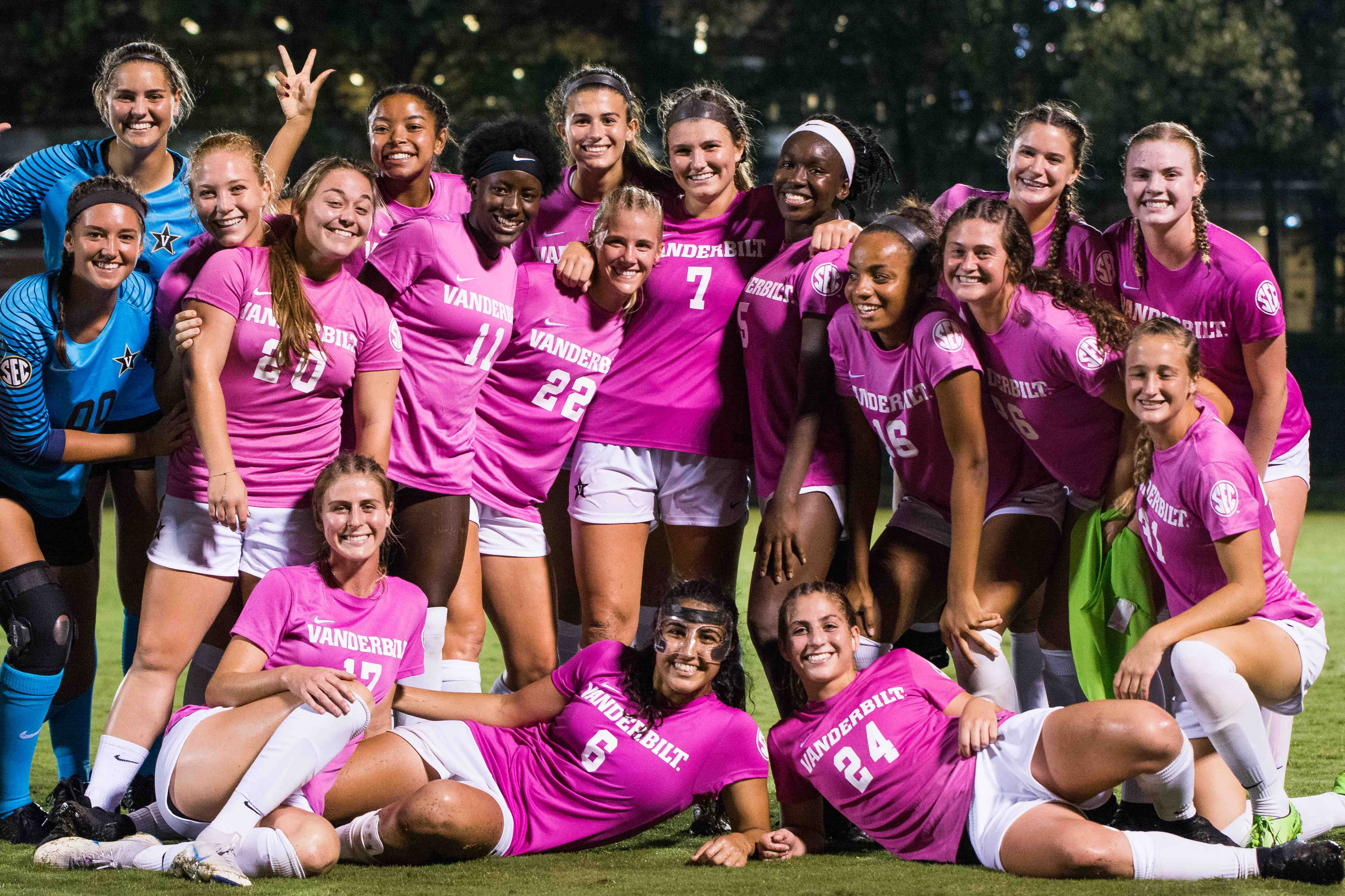 Vanderbilt Soccer climbs to #12 in latest coaches poll, ranked 10th by Top Drawer