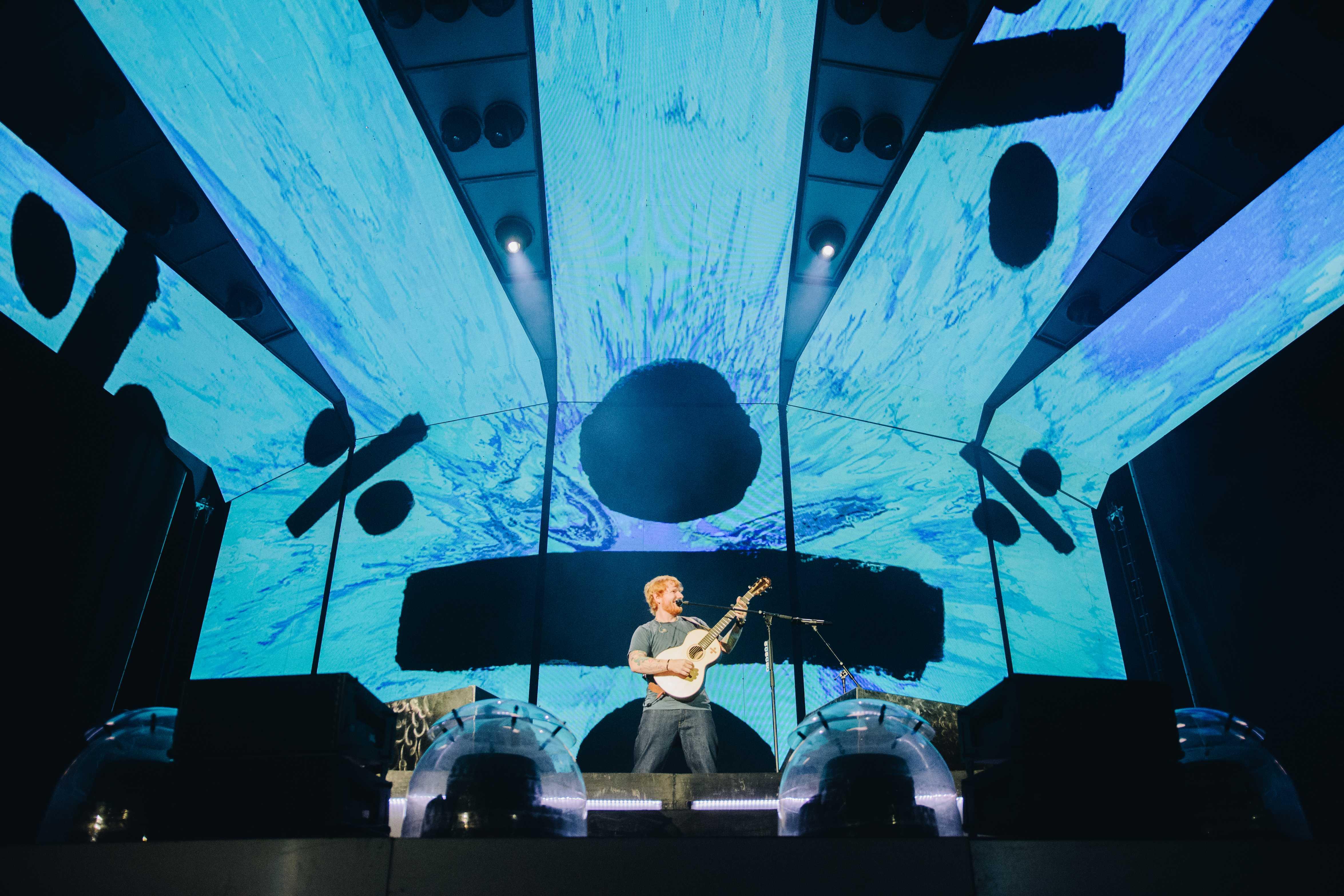 Ed Sheeran brings boundless energy to Music City
