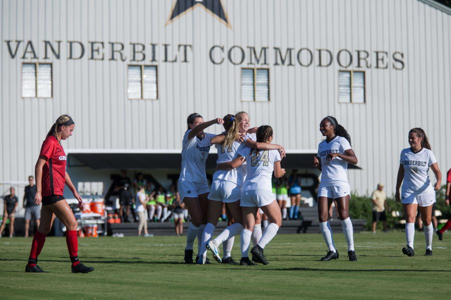 The+Vanderbilt+Soccer+team+plays+UGA+on+Sunday%2C+September+30%2C+2018.+The+Commodores+won+5-0%2C+extending+their+lengthy+winning+streak.+%28Photo+by+Claire+Barnett%29