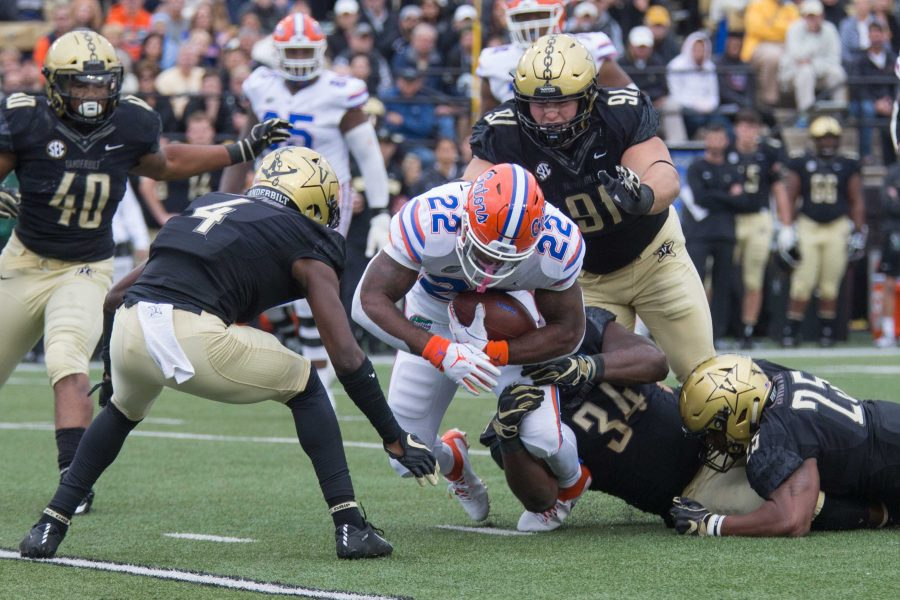 Vanderbilt+loses+to+Florida+in+football+on+Saturday%2C+October+13%2C+2018.+%28Photo+by+Claire+Barnett%29
