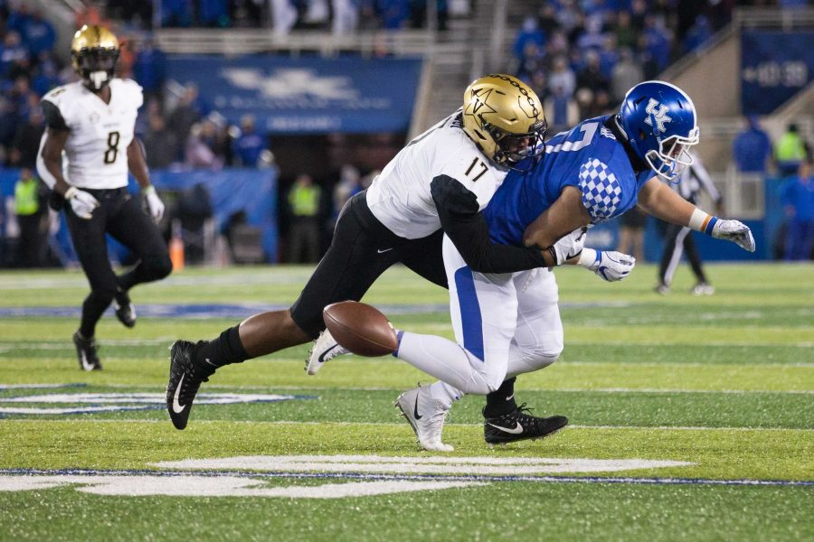 Vanderbilt loses to Kentucky in football on Saturday, October 20, 2018 in Lexington. The final score was 7-14. (Photo by Claire Barnett)