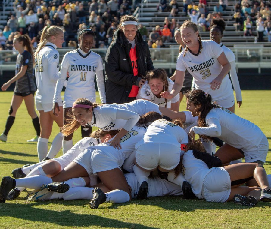 Vanderbilt+Women%27s+Soccer+beats+Kentucky+to+clinch+the+SEC.+October+21%2C+2018.+Photo+by+Madison+Lindeman