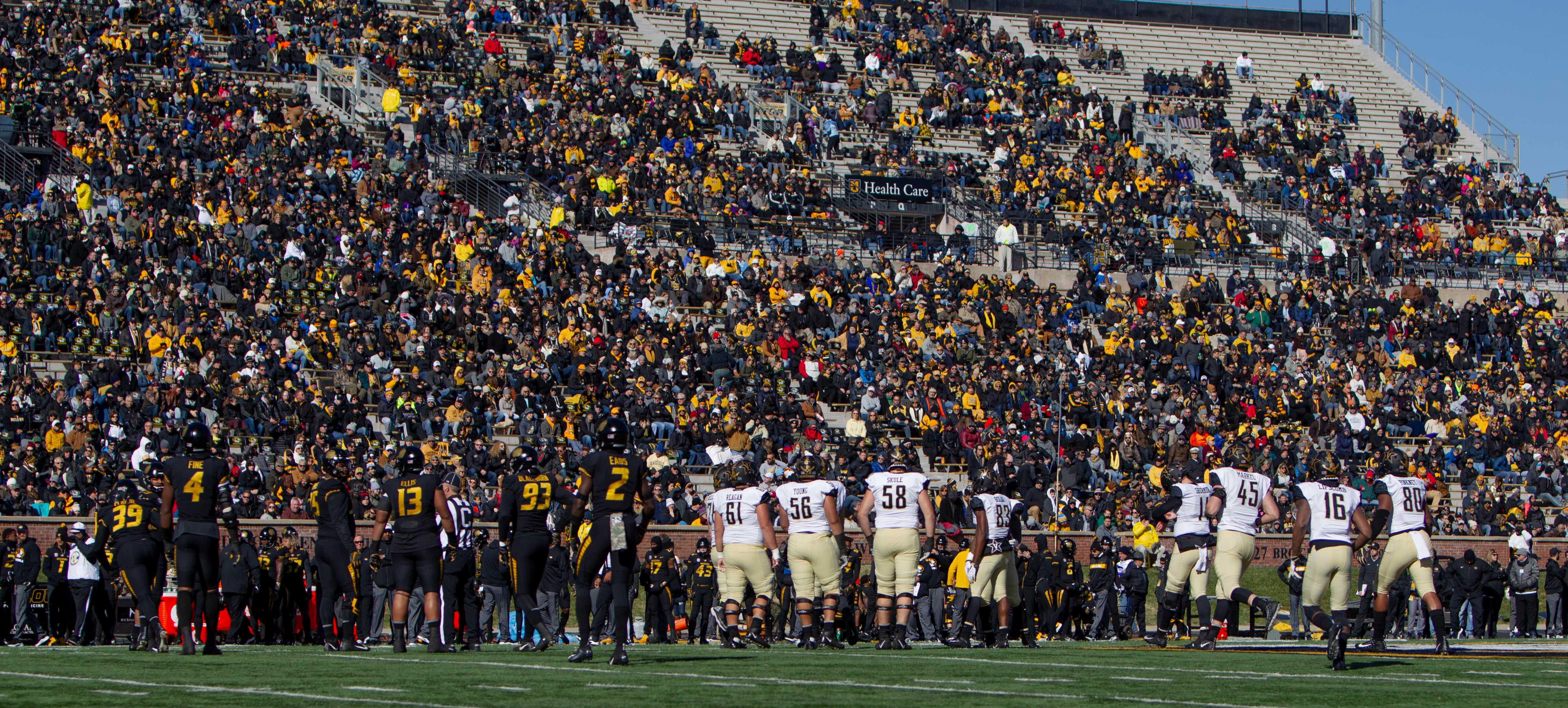 IN PHOTOS: Football vs. Missouri