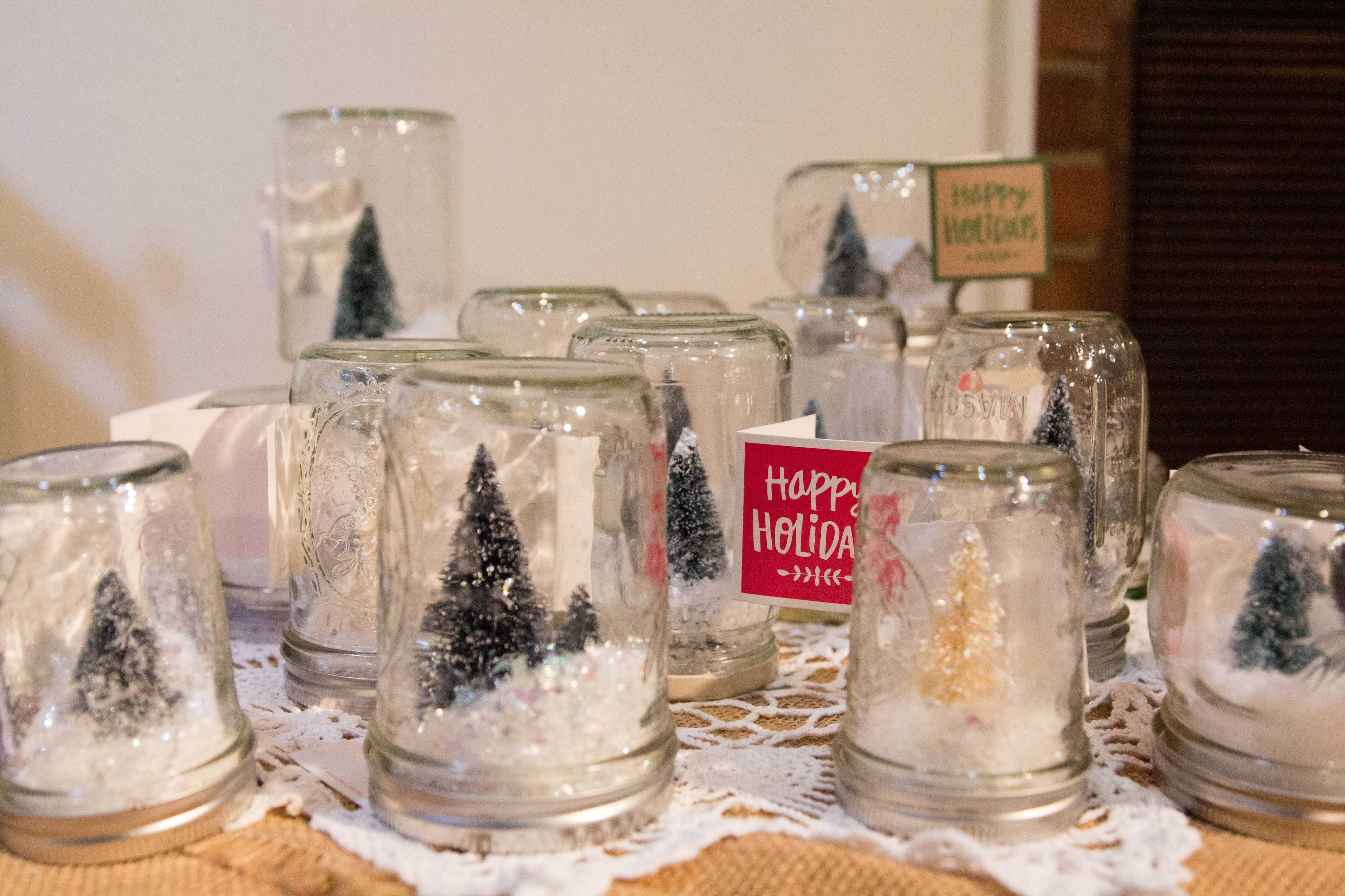 Sarratt Art Studios' Holiday Arts Festival brings unique holiday gifts to campus