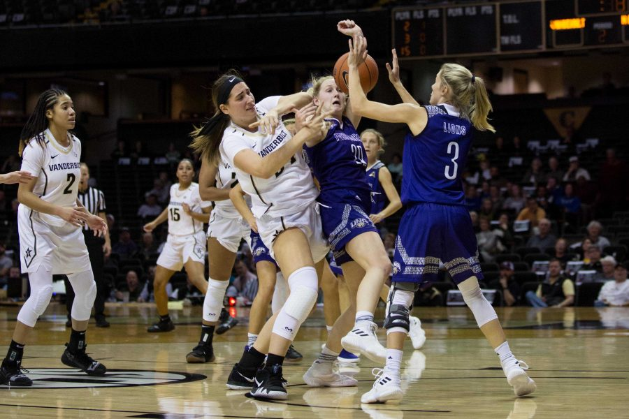 Women's Basketball on Tuesday, November 6, 2018 against North Alabama. (Photo by Claire Barnett)