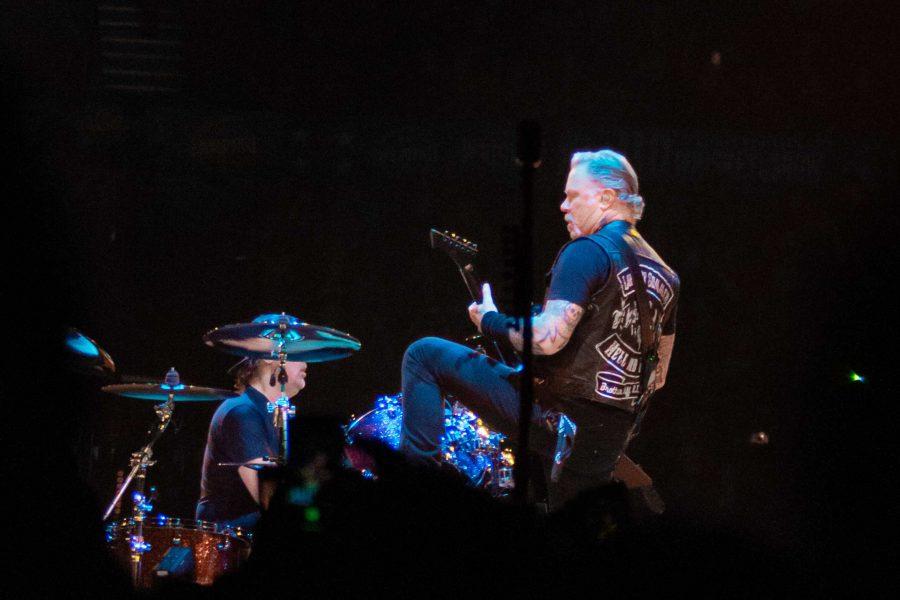 James+Hetfield+performs+with+Metallica+at+Bridgestone+Arena+on+Jan+24%2C+2019+%28Photo+by+Ray+Li%29