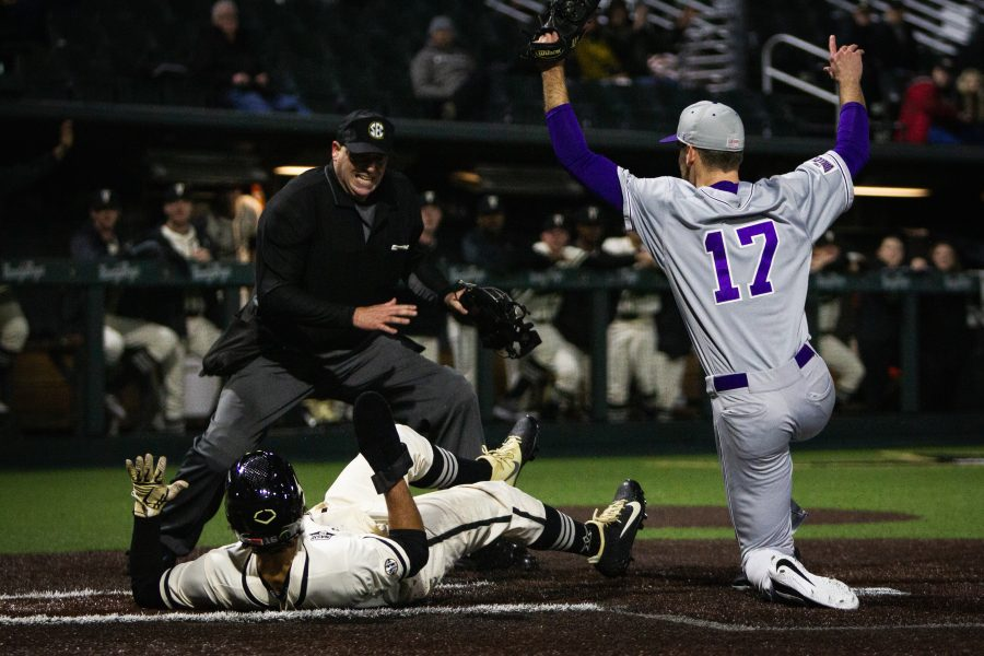 Vanderbilt Baseball vs Evansville: IN PHOTOS