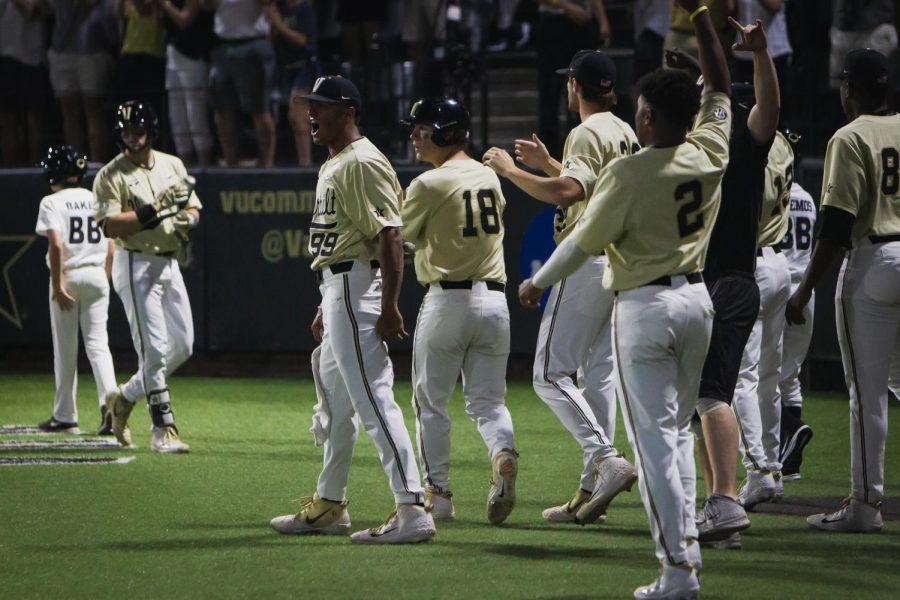 The Vanderbilt Hustler Summer Sports Podcast: Previewing Duke, Dissecting Regionals