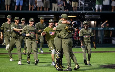 IN PHOTOS: Vanderbilt Super Regionals