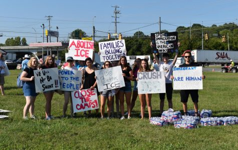 Protest led by students and Nashville Jewish community calls for Nashville to end support for ICE