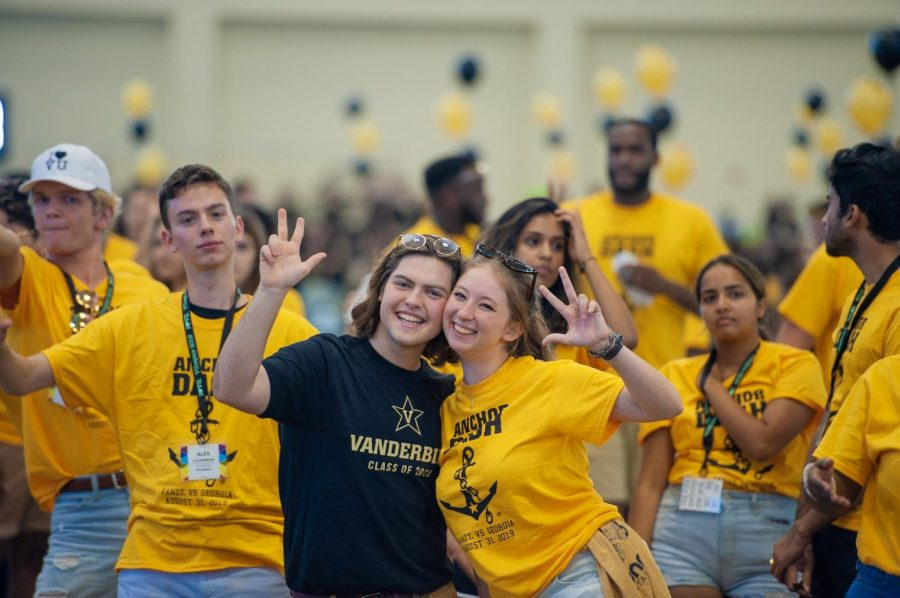 Students+celebrate+Anchor+Dash+before+the+first+game+of+the+season+at+the+Rec+Fieldhouse+on+Saturday%2C+Aug.+31%2C+2019.+%28Photo+by+Truman+McDaniel%29