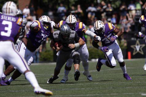 Vanderbilt football falls to #4 LSU 66-38