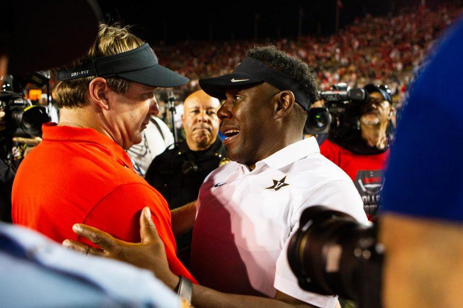 Derek Mason and Kirby Smart after Vanderbilt's contest against Georgia in 2019 (Hustler Multimedia/Hunter Long)