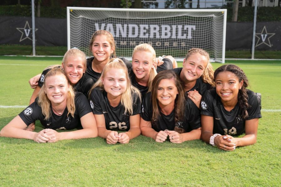 The sophomore class of the Vanderbilt Women's Soccer team. (Photo courtesy Blair McDonald)