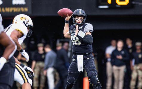 Vanderbilt Quarterback Mo Hasan enters transfer portal