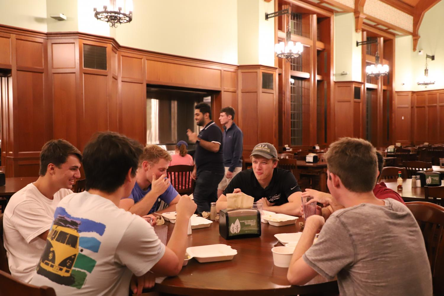 A group of students eating Late Night at EBI. (Photo by Justine Del Monte)