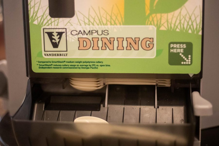 Campus Dining gives all undergraduates three free flex meals next week