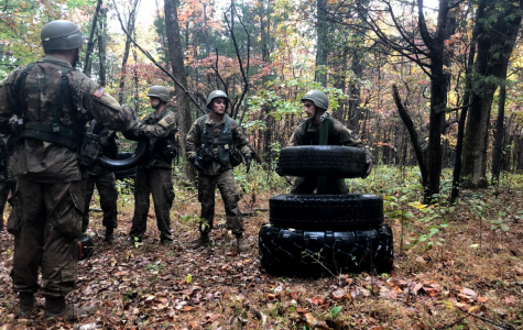 Army ROTC Ranger Challenge team battles their way through competition at Fort Knox