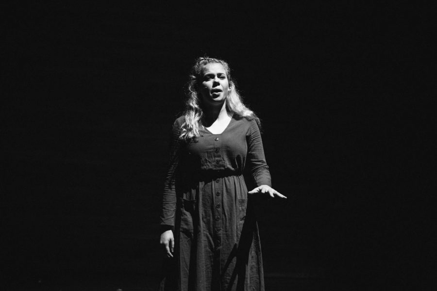 Vanderbilt+Off-Broadway+performs+Spring+Awakening.+%28Photo+by+Hunter+Long%29