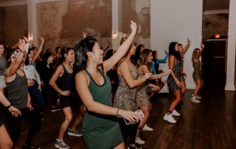 OV's Exercise Dress dance tour was a hit with Nashville fans. (Photo by Rachel Deeb)