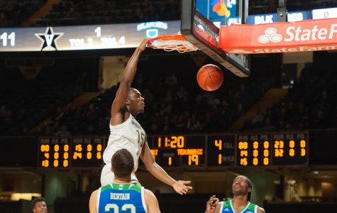 Clevon Brown throws down a dunk in Vanderbilt's 71-66 win over Texas A&M Corpus Christi