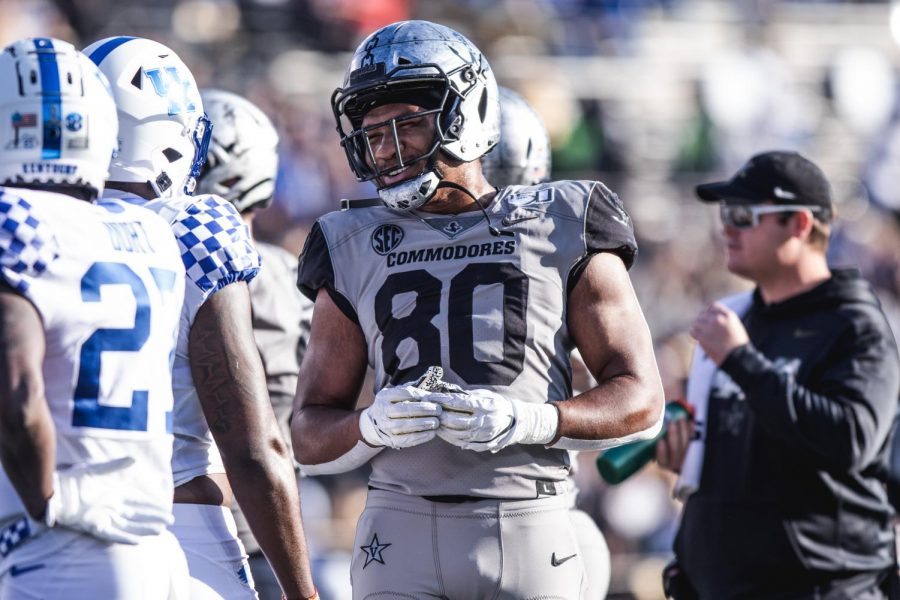 Jared Pinkney caught two touchdowns on Senior Day as Vanderbilt downed ETSU 38-0.