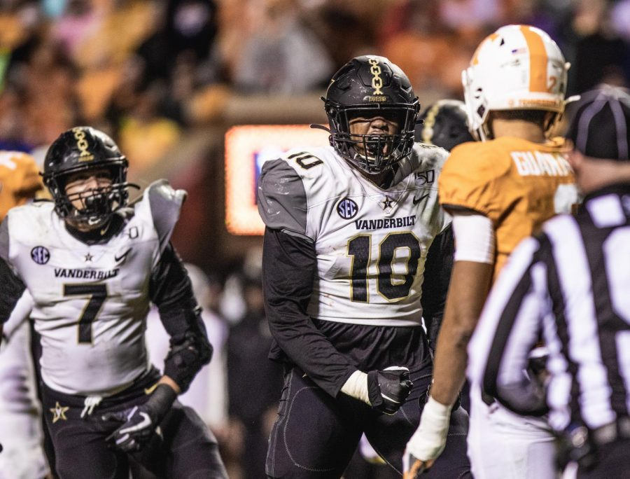 Dayo Odeyingbo after making a tackle against the University of Tennessee in 2019. (Hustler Multimedia/Hunter Long)