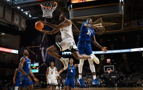 Vanderbilt bounces back, blows out Buffalo 90-76 at home