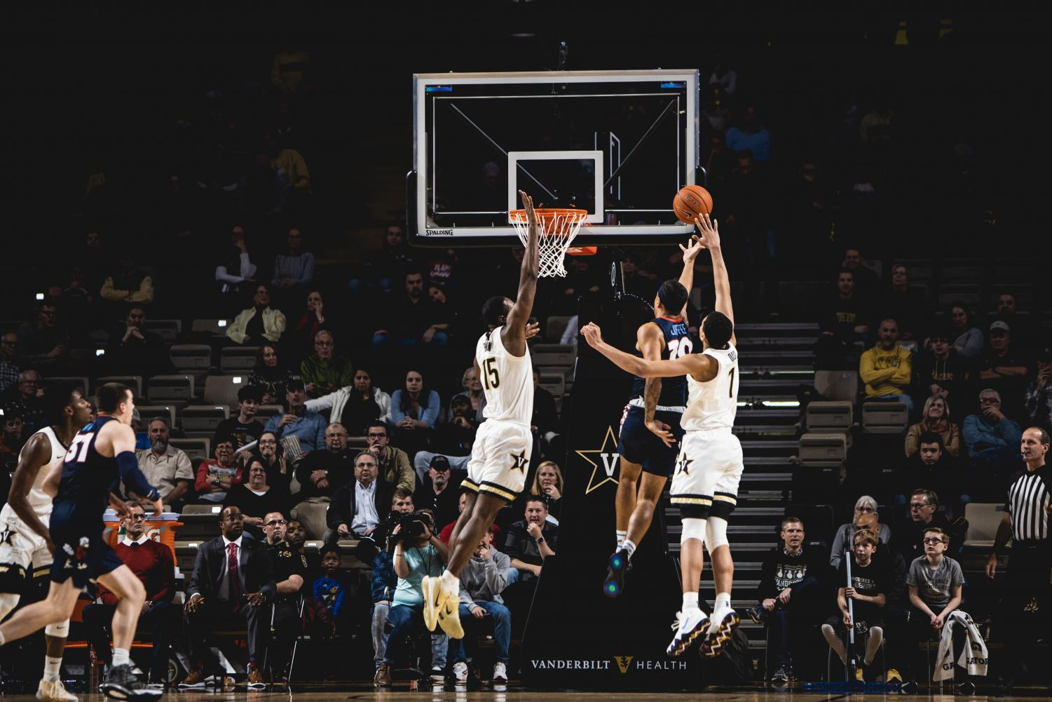 Clevon Brown goes up for a block in the Commodores loss to Liberty on December 14th